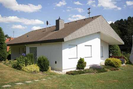 Sanierung-Wohnhaus-Alpirsbach-Effizienzhaus-55-Schuler-Architekten-(2-von-18)